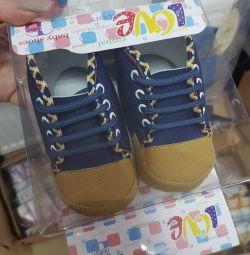 Пинетки ботинки обувь