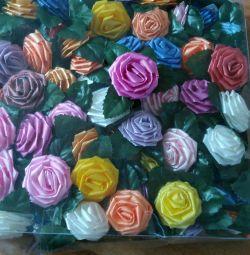 Rose ve hediyeler için bir yay!