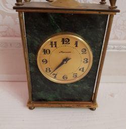Mantel clock Lightning USSR 1975