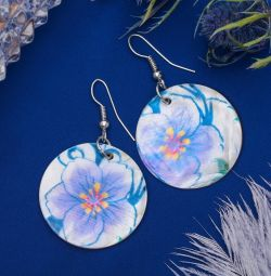 "Earrings ""Shell"" flowers, circle, white-lilac color."