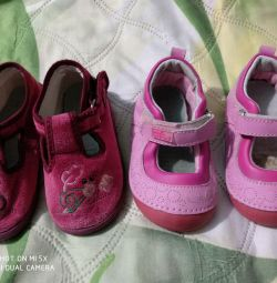 Kızlar için ayakkabı
