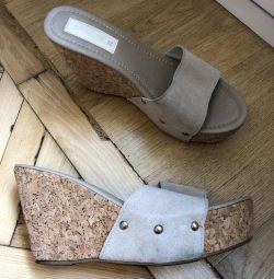 Sandale cu fustă