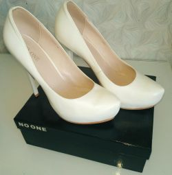 Wedding shoes NO ONE