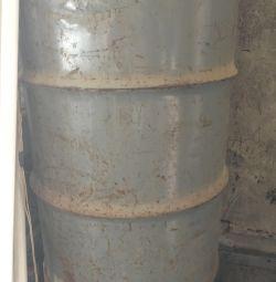 Baril metalic
