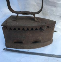Iron antique Kasli Ural 2