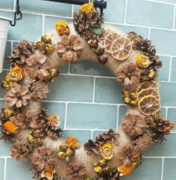 Wreath from natural materials