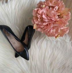 Pantofi din piele cu talie înaltă negru 36 37