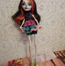 Кукла монстр хай Скилита в новом состоянии