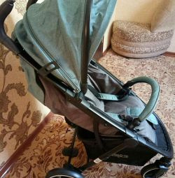 Stroller for children under 3 years old
