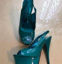Βραδινά παπούτσια νέα σανδάλια Basilia της γυναίκας