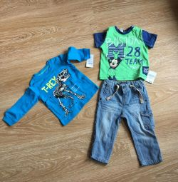Two 74 cm new t-shirts and jeans