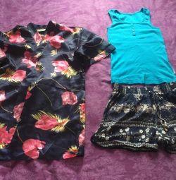 Shorts, T-shirt, bathrobe, size 42-44
