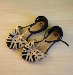 Sandalet p32
