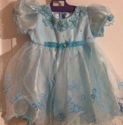 Сукня для дівчинки. Біля двох років