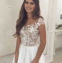 Нові весільні сукні