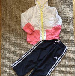 Rüzgarlık ve spor pantolonlar Adidas