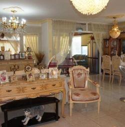 Квартира подобово в Неаполіс Лімассол