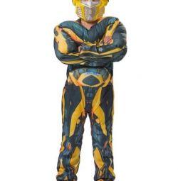 Μεταλλικός κοστούμι με μυς