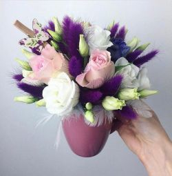 Flower arrangement in a mug