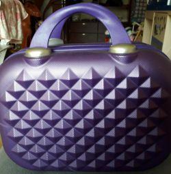 Çanta kozmetik çantası. yeni