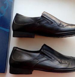 Model ayakkabılara saygı duymak yeni, cilde ince, nehir 44