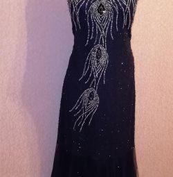 Платье расшитое биссером