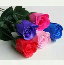 Мыло-лепестки роз
