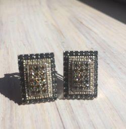 Σκουλαρίκια με μαύρα και άσπρα διαμάντια
