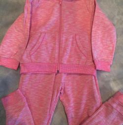Sports suit H & M Europe 110/116