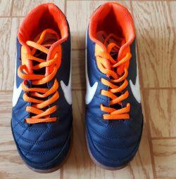 baby Nike