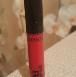 Lipstick divage