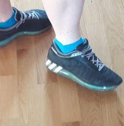 Кросівки adidas оригінал