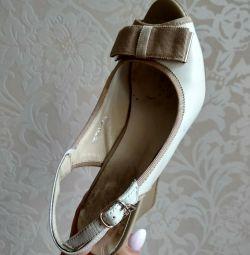 Παπούτσια nat.kin 35r