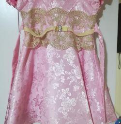 Φόρεμα μεγέθους 98-104