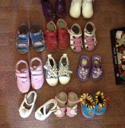 Взуття для дачі