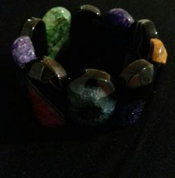 New bracelets from natural agate
