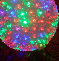 garland-ball with all colors