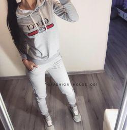 Costumul GUCCI Grey