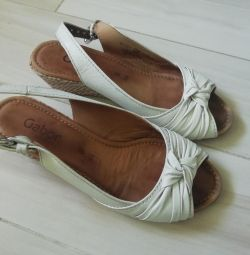 Sandale Gabor 38 de dimensiuni
