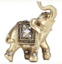 Слон Лаки. 9х9 см.