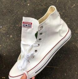 Τα πάνινα παπούτσια Converse 42,43,44,45,46
