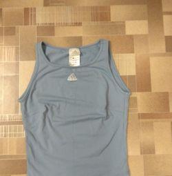 Adidas'dan tişört 38-40