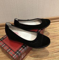 Παπούτσια για τα κορίτσια (νέο)