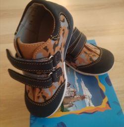 Ботиночки новые Котофей