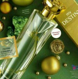 Perfumery water May Destini