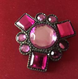 Pink brooch 🌹