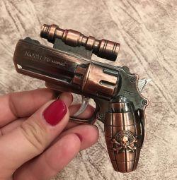 Крута запальничка пістолет