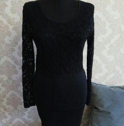 Φόρεμα δαντέλας μεγέθους 42-44