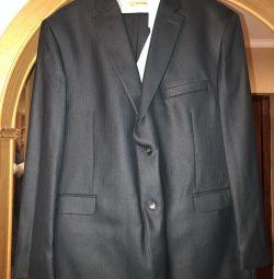 Costum cu cămașă