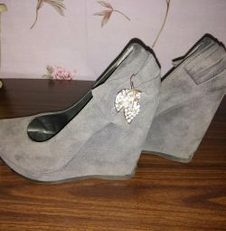 Παπούτσια κ.λπ.